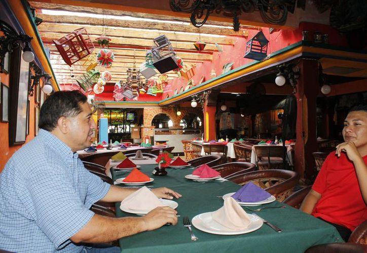 Los restaurantes participantes deberán contar con el Distintivo H, para garantizar la calidad. (Jesús Tijerina/SIPSE)