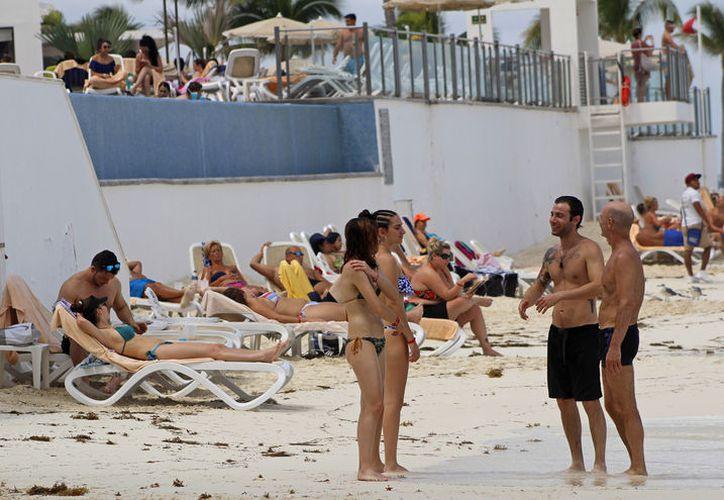 Carlos Gosselin pide se aplique el recurso en promoción turística y publicidad del destino. (Fotos: Jesús Tijerina)