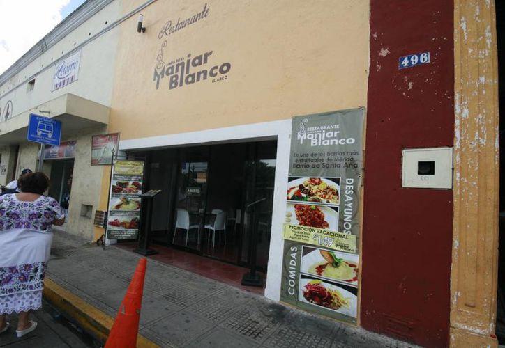 Los ladrones prácticamente se han atracado con el restaurante 'Manjar Blanco', ubicado en el céntrico barrio de Santa Ana de Mérida. (Jorge Sosa/SIPSE)