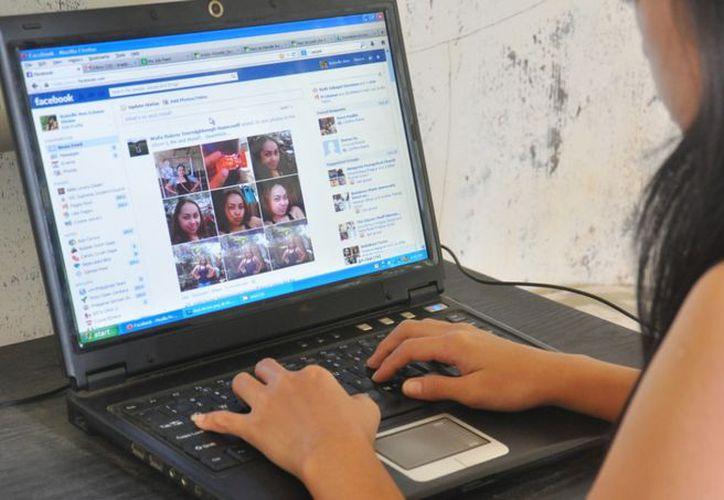 Usuaria de la red social se quejó que la plataforma bloquea los mensajes dolorosos. (Foto: Mendoza Post)