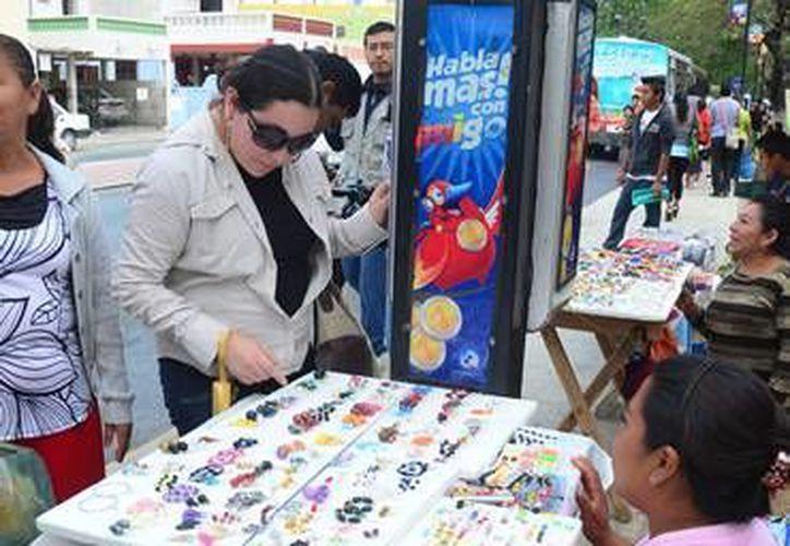 Una de las acciones programadas es la de reubicar a los comerciantes informales. (comunicacampeche.com.mx)