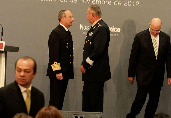 Los secretarios de Marina y Defensa, almirante Vidal Soberón Sanz y general Salvador Cienfuegos Zepeda, respectivamente. (Notimex)