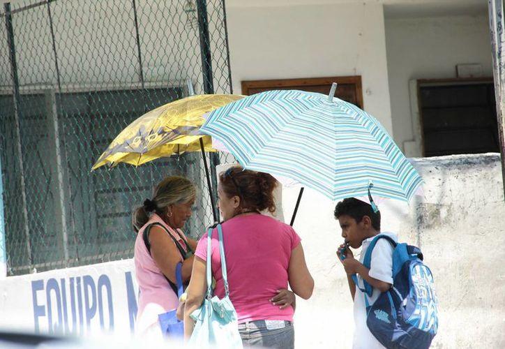 Según el Servicio Meteorológico Nacional, el frente frío número 3 de la temporada ocasionará potencial de lluvias menores de 25 mm en la región yucateca. (Jorge Acosta/SIPSE)