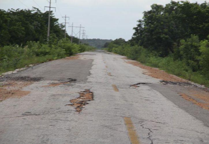 Por estas condiciones, en el tramo Melchor Ocampo a Río verde, se presentó un accidente con fatales consecuencias. (Carlos Castillo/SIPSE)
