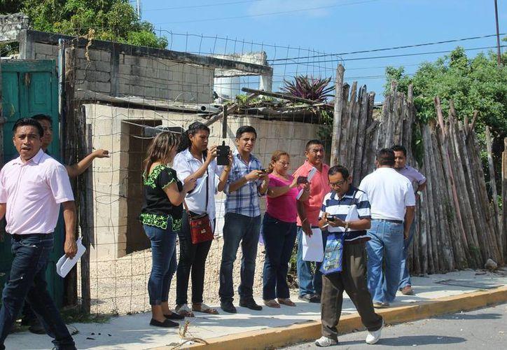 En el recorrido participaron consejeros electorales y representantes de los partidos políticos. (Raúl Balam/SIPSE)