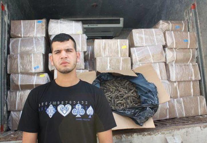 Patricio Escobar Nieto transportaba pepino de mar del que no pudo comprobar su procedencia. (Milenio Novedades)