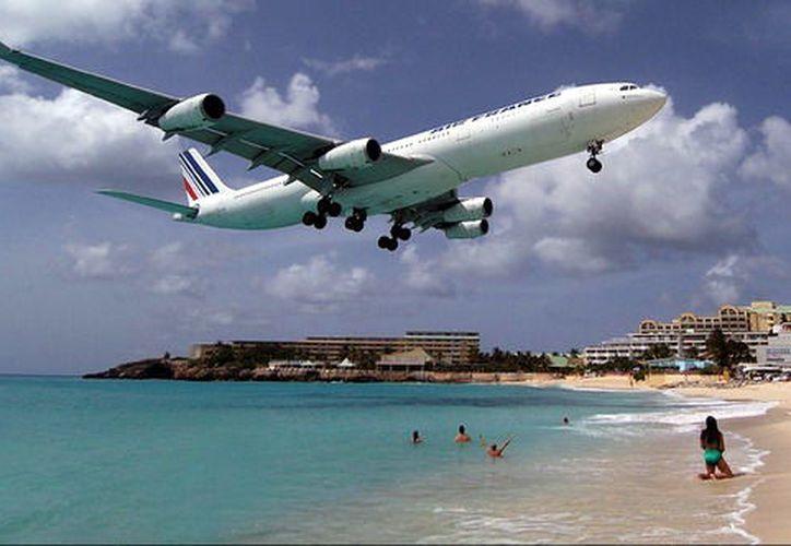 San Martín es conocido por ser uno de los aeropuertos más peligrosos del mundo. (Contexto/Internet)