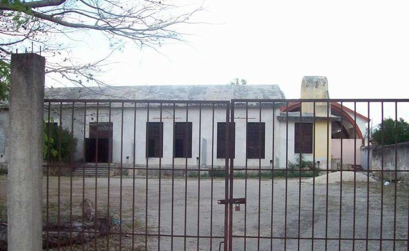 Fachada de la Casa de la Cristiandad de la Sultana de Oriente, que antes fue un prostíbulo. (Jorge Moreno/SIPSE)