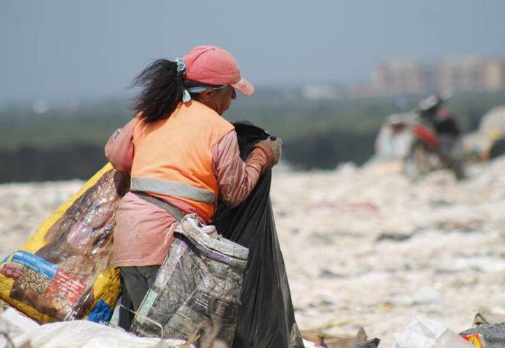 La producción de desechos aumenta en temporada vacacional. (Israel Leal/SIPSE)