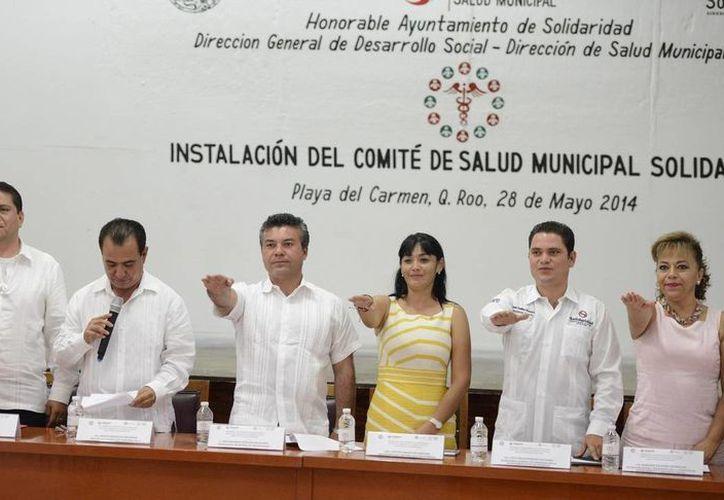Ayer rindieron protesta los integrantes del Comité Municipal de Salud.  (Redacción/SIPSE)