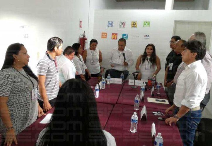 Abre Consejo sesión municipal en Tulum (Sara Cauich)