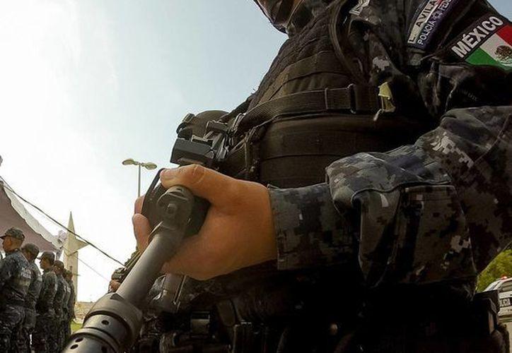 A pesar de que en México solo las fuerzas armadas y las policías tienen permiso de usar armas largas, 94 personas han muerto, en lo que va de 2016, por disparos de este tipo de armamento. La imagen es únicamente ilustrativa. (Archivo/NTX)