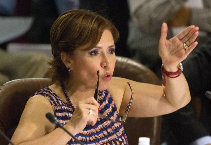 ¿Cómo va a estar muerta con las necesidades que tiene la gente?, se preguntó Rosario Robles. (Notimex)