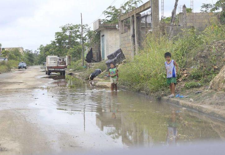 En el programa de Rescate de Espacios Públicos en el  2013 se ejercieron poco más de 20 millones de pesos. (Harold Alcocer/SIPSE)