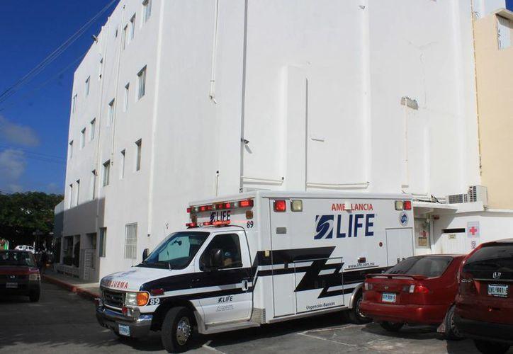La clínica tiene suspendidas las actividades en un quirófano y en el área de instrumentación quirúrgica. (Luis Soto/SIPSE)