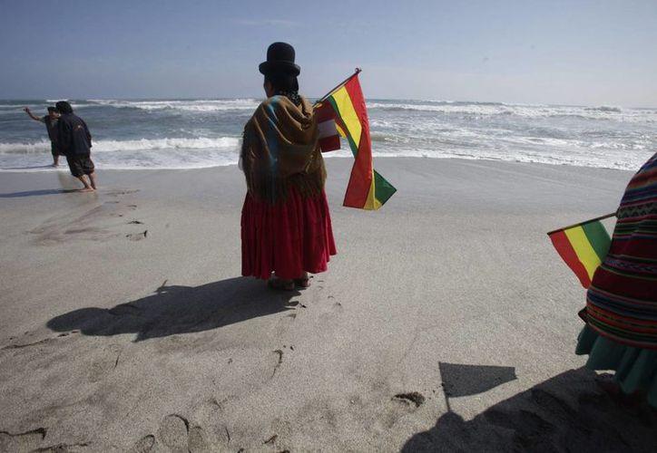 Bolivia perdió sus 400 km de litoral en una guerra librada a finales del siglo XIX contra Chile y desde entonces reclama a ese país una salida al Pacífico. (EFE/Archivo)