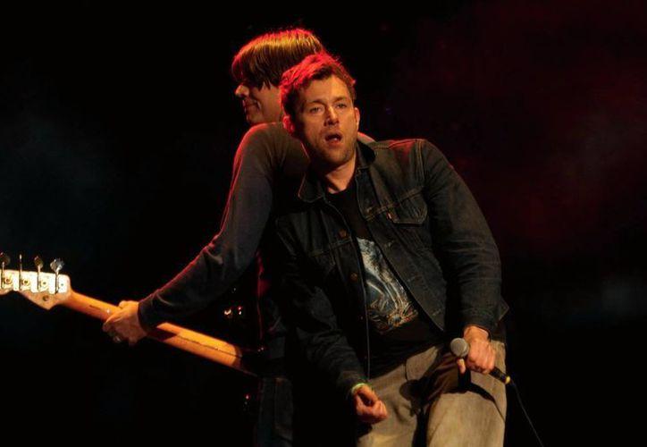 Damon Albarn, Brian Coxon, Alex James y Dave Rowntree, tuvieron su segunda fecha como Blur en el festival Vive Latino. (Notimex)