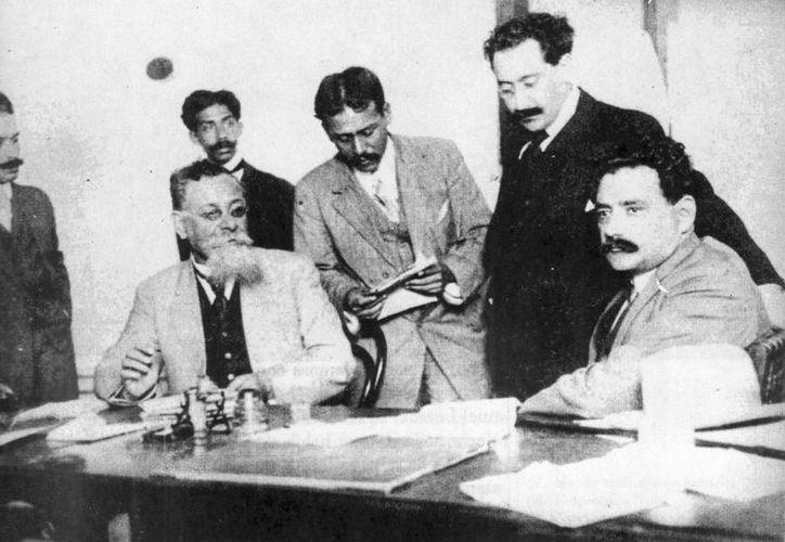 El médico de Carranza solicitó al Congreso Constituyente poderes 'despóticos' para el presidente en cuestiones de salubridad.  (portalacademico.cch.unam.mx)