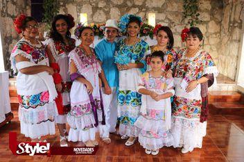 Amayrani Osorio Velázquez festeja sus XV años