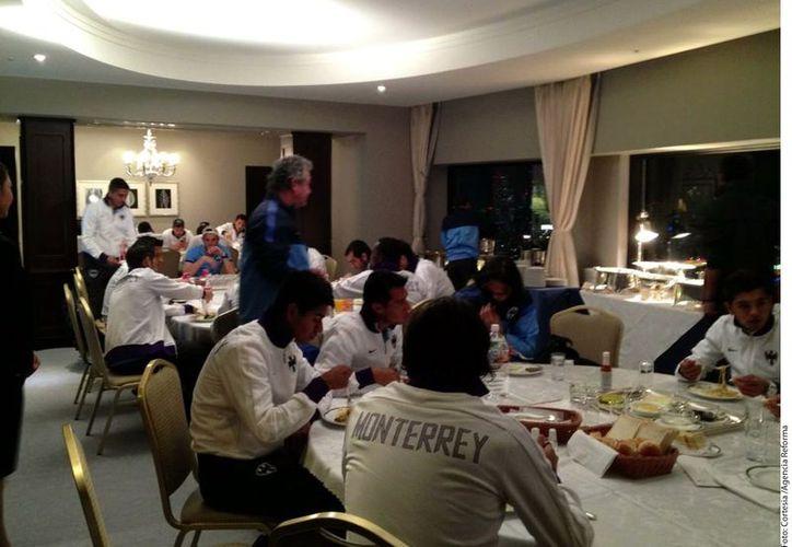 El sismo tomó por sorpresa a los jugadores de Monterrey quienes acababan de cenar. (Foto: Agencia Reforma)
