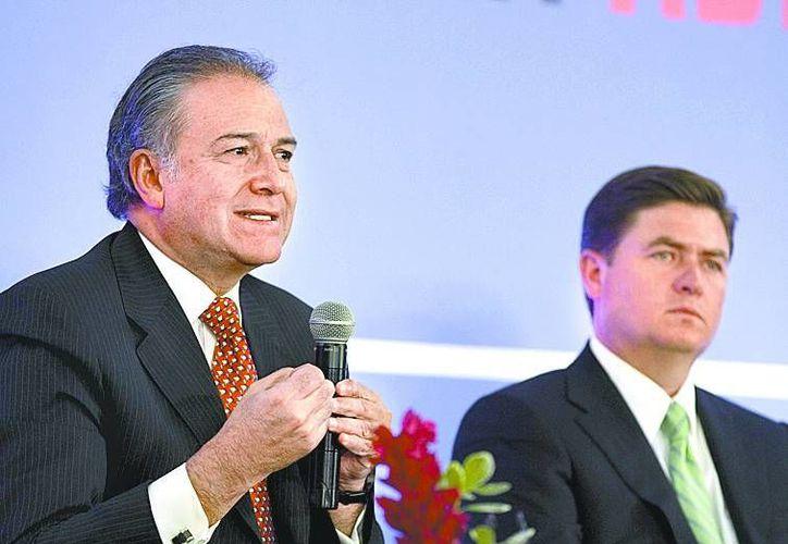 El general colombiano y el gobernador de Nuevo León. (Milenio)