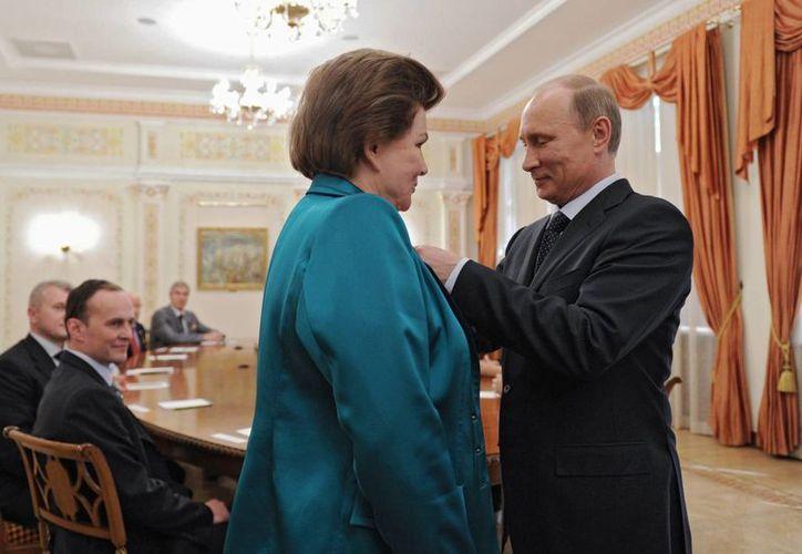 """""""Hasta el fin de mis días intentaré ser digna de tan alta condecoración"""", dijo Valentina Tereshkova. (Agencias)"""