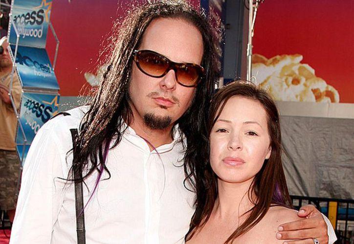 Deven Davis era una ex estrella de cine para adultos que se casó con Jonathan en 2004 y posteriormente tuvieron dos hijos juntos. (Vanguardia MX)