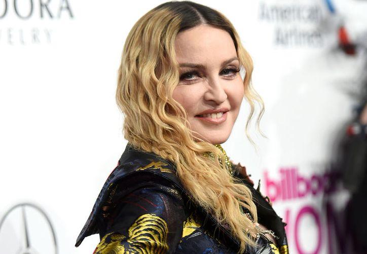 La ex modelo aseguró que la forma en que se comportó Madonna hoy sería interpretado como acoso. (Billboard)