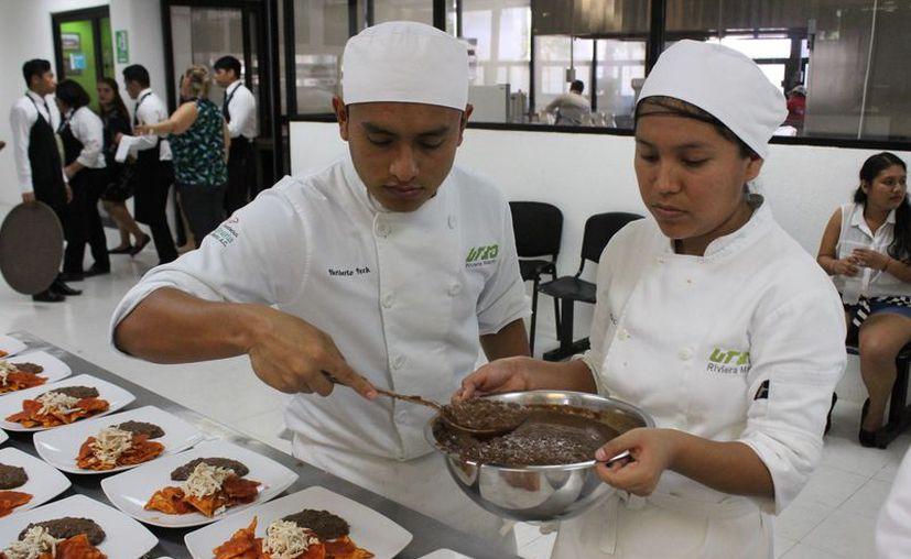 El sistema BIS inició en 2016 con Turismo y Gastronomía. (Adrián Barreto)