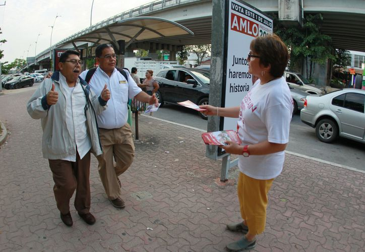 La candidata a la alcaldía de Solidaridad, Laura Beristain, aseguró que pondrá orden en la aplicación del Saneamiento Ambiental. (Foto: Redacción)