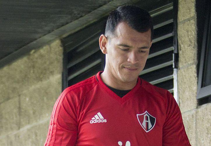 Daniel Arreola tomó el lugar de Rafa Márquez en la central acompañando a Barreiro. (Imago7).