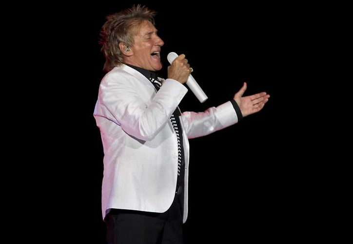 Rod Stewart canceló en 2002 su participación en Viña del Mar, pero esta vez se espera que sí pueda interpretar sus temas en ese festival. (EFE)