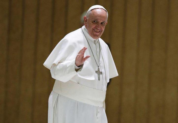 El Pontífice recordó, entre los aplausos de los presentes, que hoy es el 57 aniversario de su ingreso a la vida religiosa. (AP)