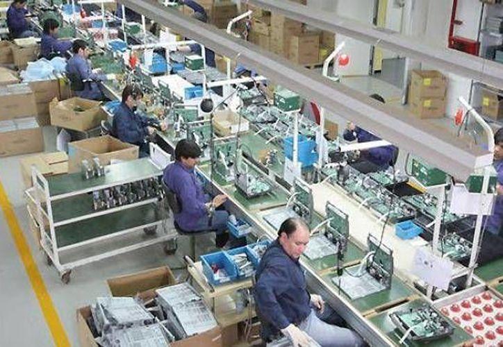 El director general de RCA, aseguró que la industria de la maquila electrónica en México está a la altura de cualquiera del mundo. (unionjalisco.mx)