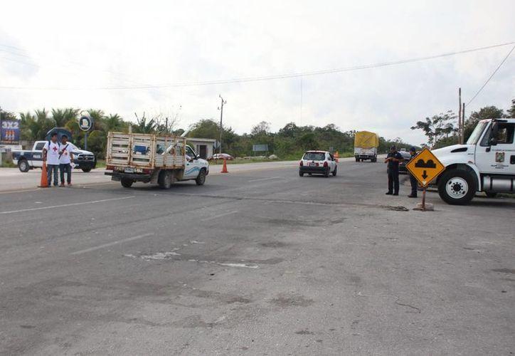 Los tres ocupantes del vehículo sí fueron detenidos. (Benjamín Pat/ SIPSE)