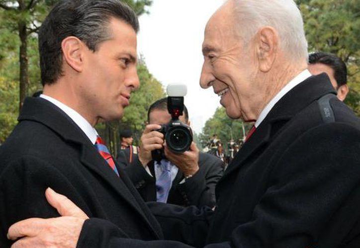 Peña Nieto y Peres tendrán una reunión ampliada con sus respectivas comitivas. (facebook.com/EnriquePN)