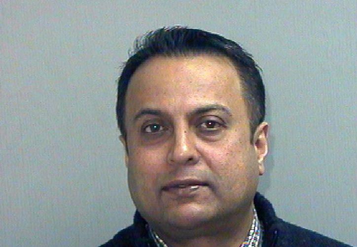 El dentista Rashmi Patel habría ignorado las advertencias de sus asistentes sobre el estado crítico de la paciente Judith Gan. (AP)