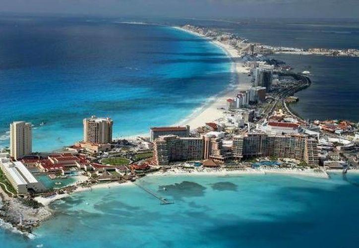 Cancún al ser un destino turístico importante es presionado a continuar creciendo en desarrollos inmobiliarios. (Redacción/SIPSE)