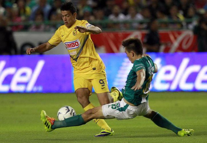 Para volver a coronarse, el América necesita ganarle al León por tres goles de diferencia en el partido de vuelta, este domingo en el estadio Azteca. (Notimex)