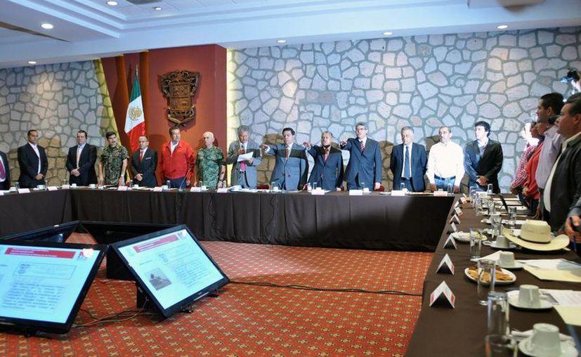 Reyna señaló que Michoacán es una tarea que debe asumirse sin distinciones. (Notimex)