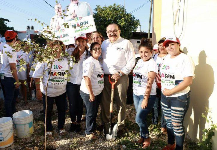 Campaña con causa de Ramírez Marín: '¡Salvemos a las abejas!'. (Milenio Novedades)