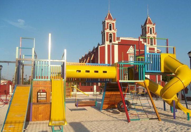 Incluso en el parque infantil de Baca afirman haber visto al viejito, el motivo sería que cerca de  ahí viven los papás del nieto que buscaba antes de morir. (Jorge Moreno)