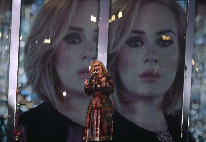La gira Adele Live 2016, que tendrá más de 100 fechas, concluirá en el Palacio de los Deportes de la Ciudad de México, en noviembre próximo. (Archivo AP)
