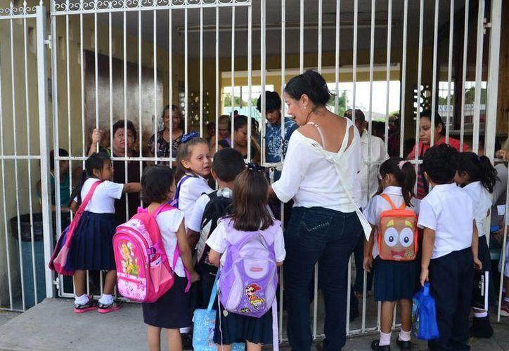 Mil 630 colegios que eligieron el curso corto ya cubrieron con clases los 15 días para salir de vacaciones el 29 de junio. (Milenio Novedades)