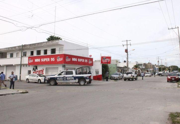La policía atendió varios reportes por hechos delictivos. (Eric Galindo/SIPSE)