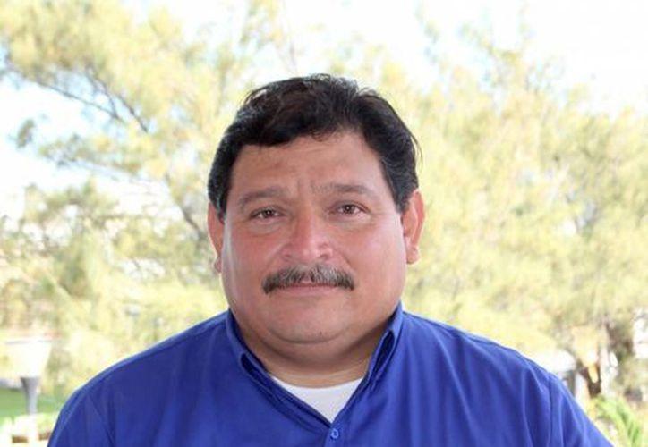 Gabriel Sulú Martínez dijo que se ha tenido buena respuesta de los comerciantes. (Cortesía/SIPSE)