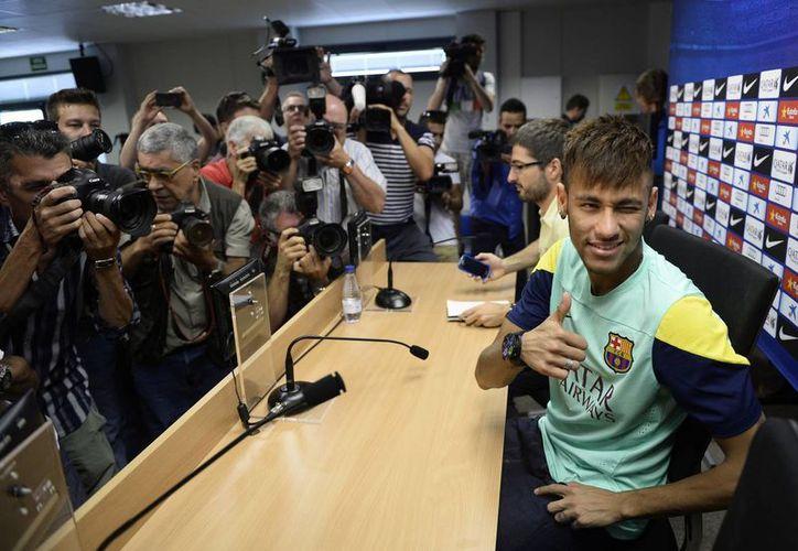 De su estadía en Barcelona, Neymar dice que 'estoy mucho más que feliz'. (Agencias)