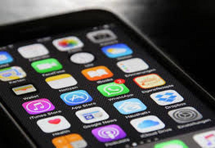 La App WhatsApp tiene una opción para poder revisar mensajes sin dejar huella. (Pxhere)
