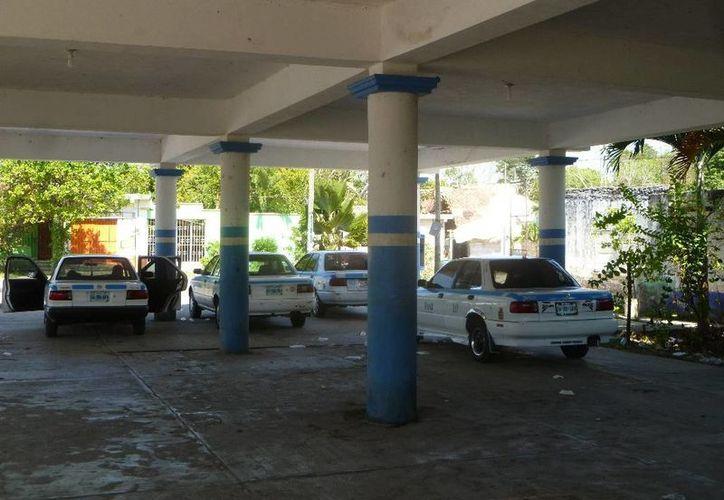 Desconocen el paradero de las cuotas de los taxis. (Raúl Balam/SIPSE)