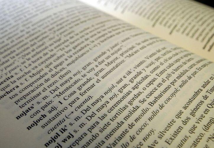 El diccionario recién presentado evoca el habla del yucateco. (Chriatian Ayala/SIPSE)